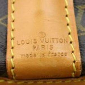 Louis Vuitton Bags - Louis Vuitton Vintage Garment Bag *EXCELLENT COND*